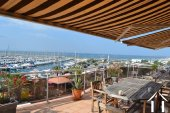 Spacious apartment on  A1 location with seaviews