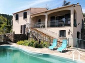 Detached villa with guest room, pool and views